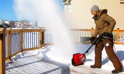 Les souffleuses à neiges électriques